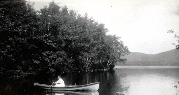 Marion Talbot rows a canoe at her New Hampshire home, summer 1928. AAUW archives